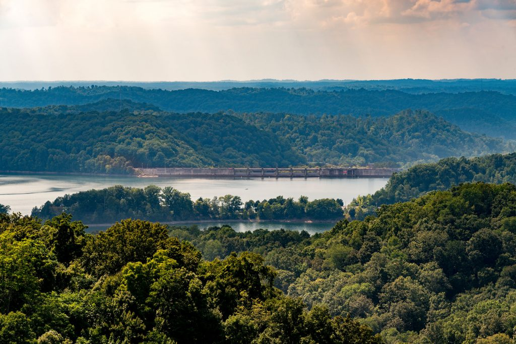 Tennessee Lakefront Sale The Pointe At Dale Hollow